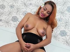 Redhead shemale loves big penis with her lips
