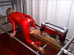 RachelSexyMaid - 34 - Dungeon Fuckmachine in Red Latex