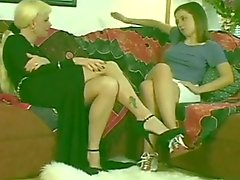 Hot Blonde Shemale & Hot Teen Brunette Girl