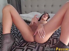 Sexy shecock Domino Presley shows her hot stroking skills